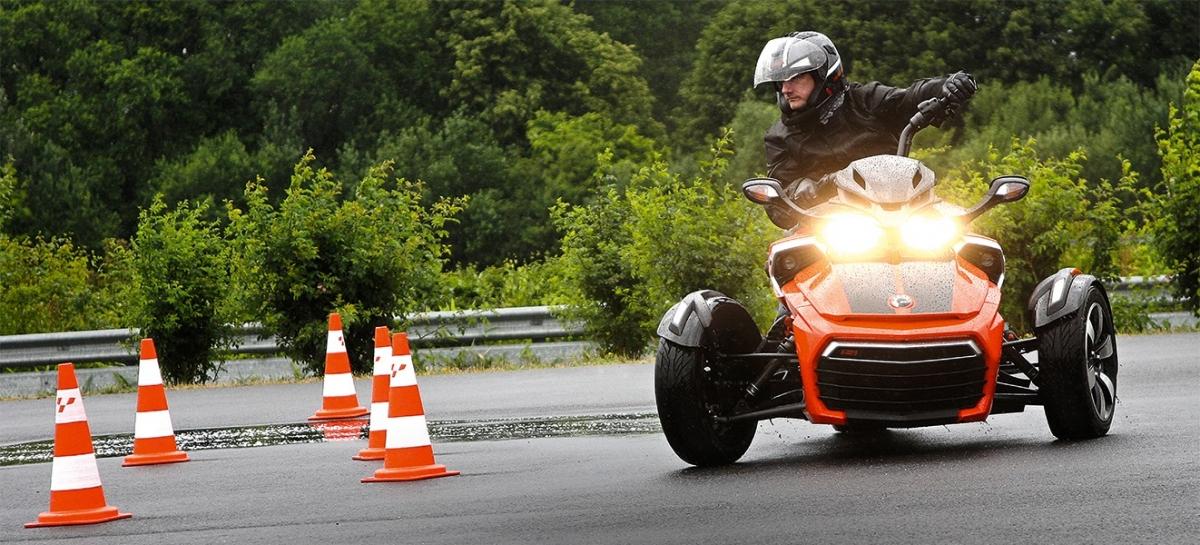 Can-Am Spyder & Roadster – ADAC-Fahrsicherheitstrainings